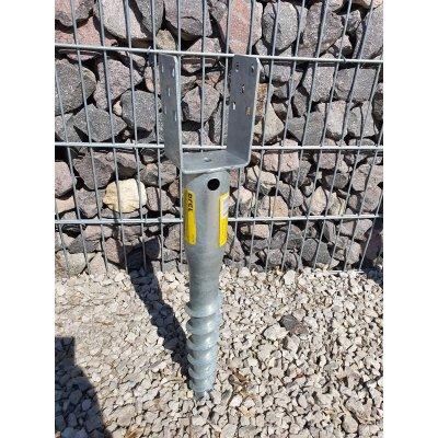 Zemný vrut 690x68mm na hranol