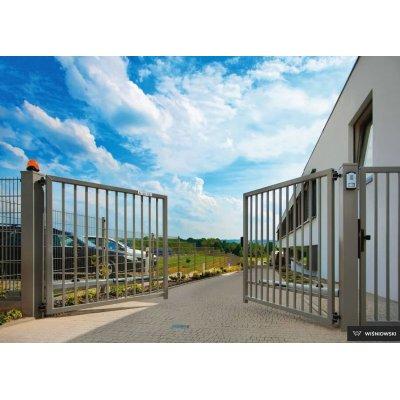 100-240cm Dvojkrídlová brána BASTION 250-1000cm